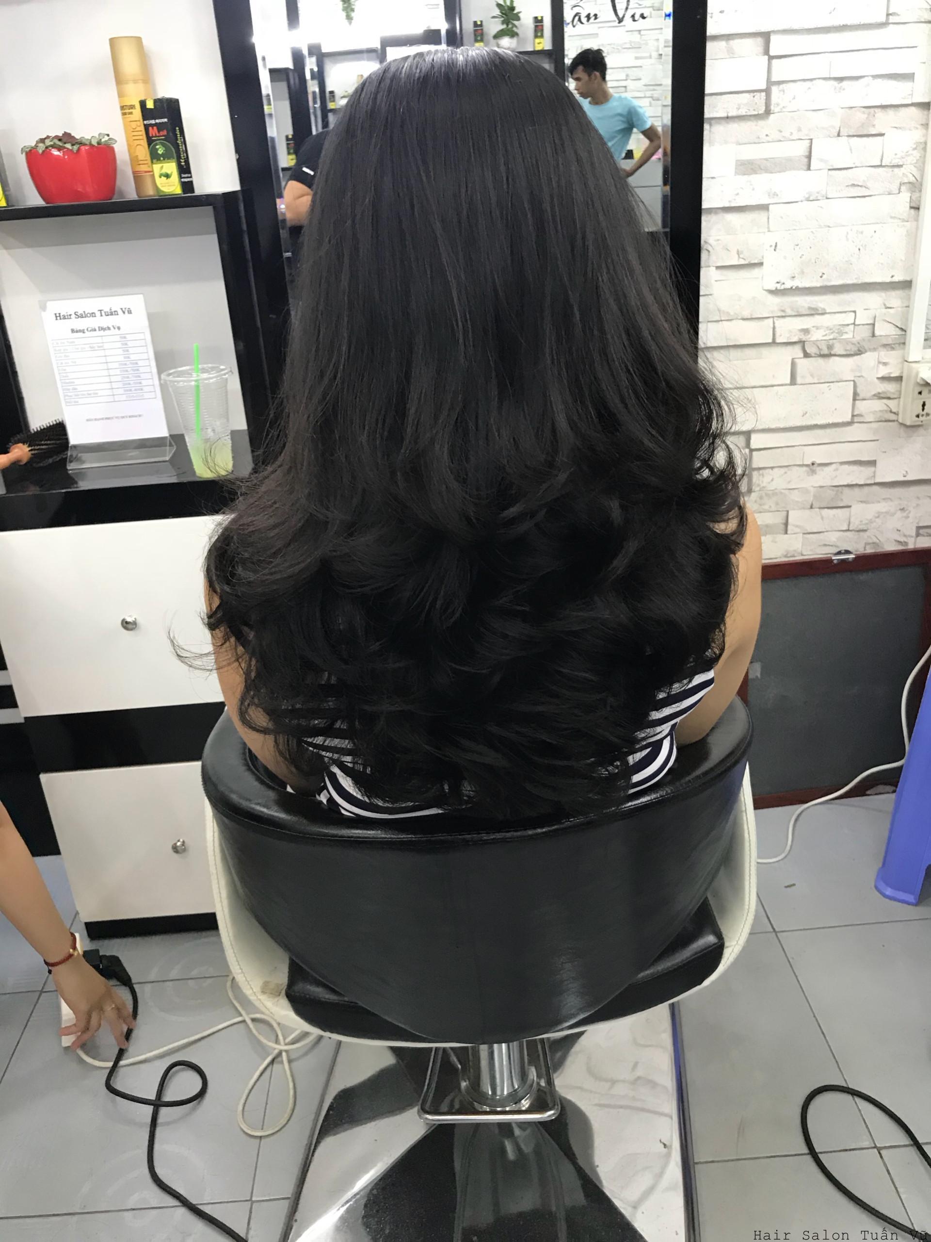 uốn tóc giá rẻ tại hcm