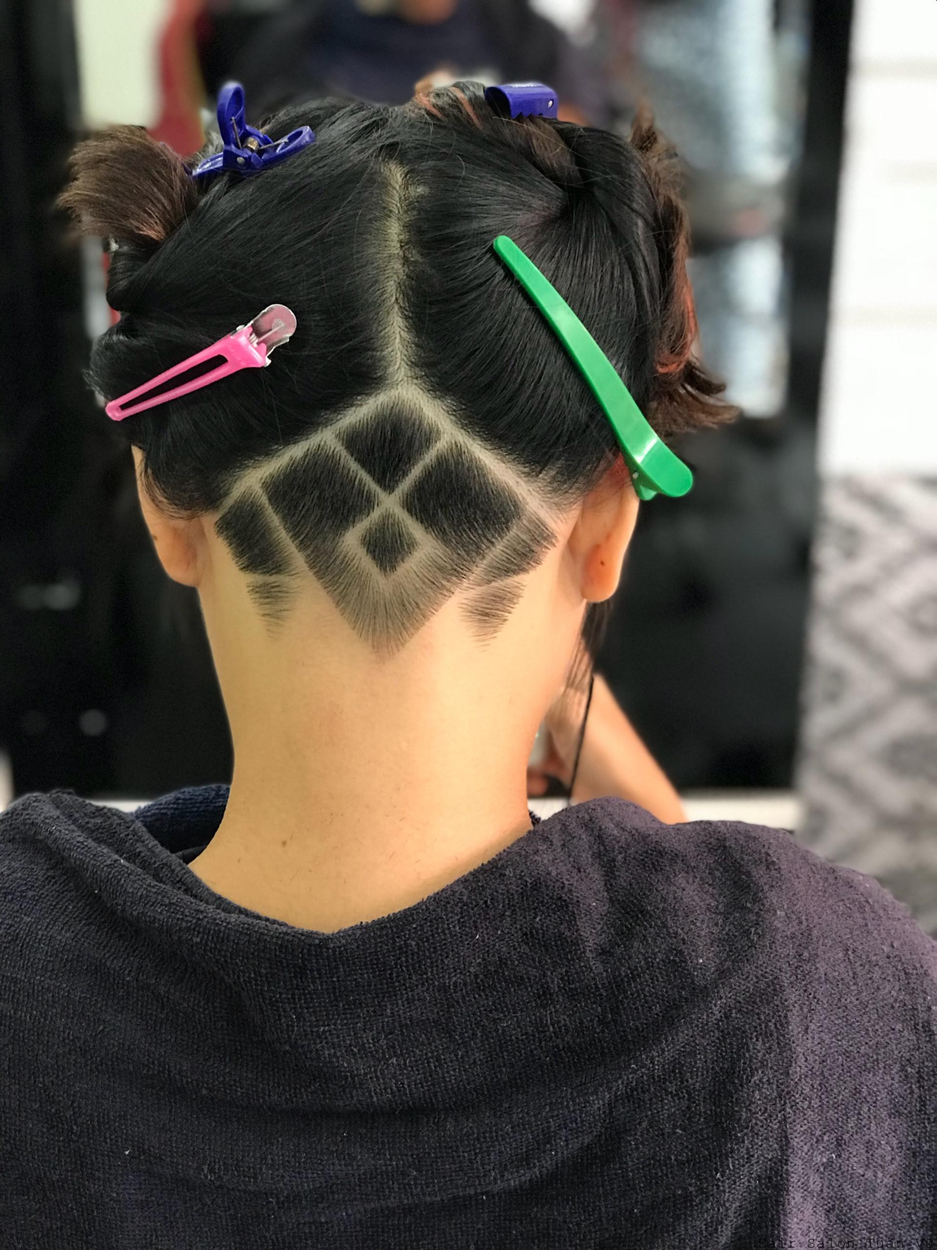 Cắt tóc Tattoo Nam - Nữ đơn giản mà đẹp tại Tp.HCM